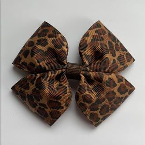 Homemade cheetah hair bow